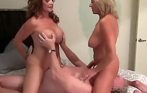 Hawt Mature Span mastery MILF into Swinger Berth #threeway #swinger  #milf  #big-boobs #mature
