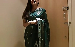 Pretty Girl Jasmine in Sari disrobes to show us