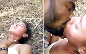 Today Exclusive- Cute look Desi Girl Outdoor Fucked