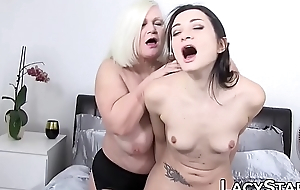Lascivious GILF tits licked before toying coupled with oral