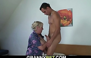 Big tits granny spreads legs for young ladies'